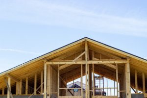 dealing with roofing contractors