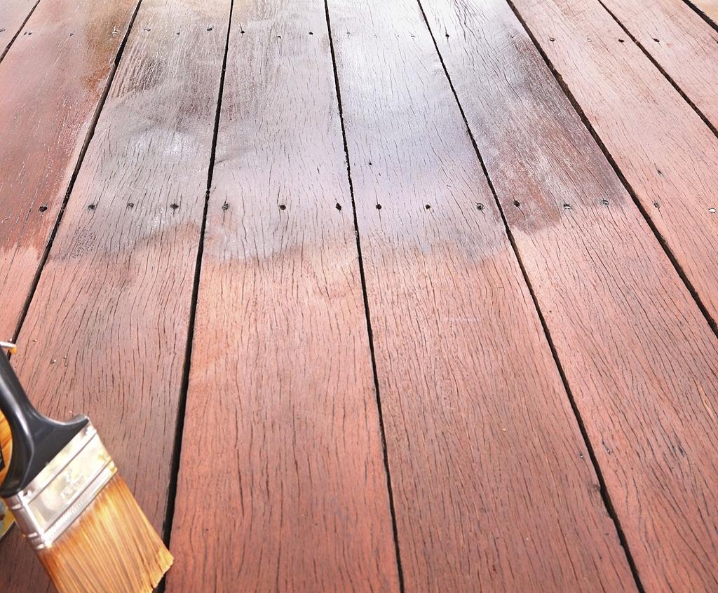 painting wooden floor