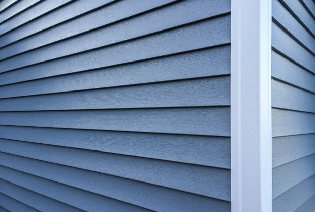 How Often Should Vinyl Siding Be Replaced on walls